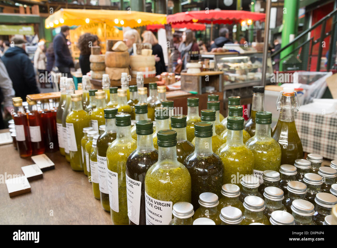 Italian olive oil stall in Borough Market, London, England, UK - Stock Image