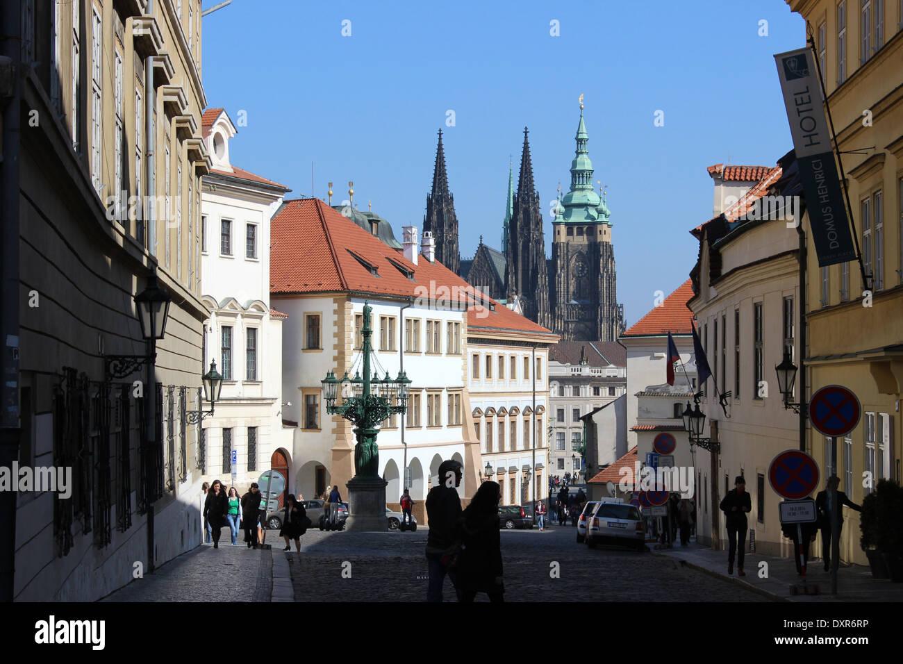 View down Lorelanska toward Saint Vitus cathedral, Prague. - Stock Image