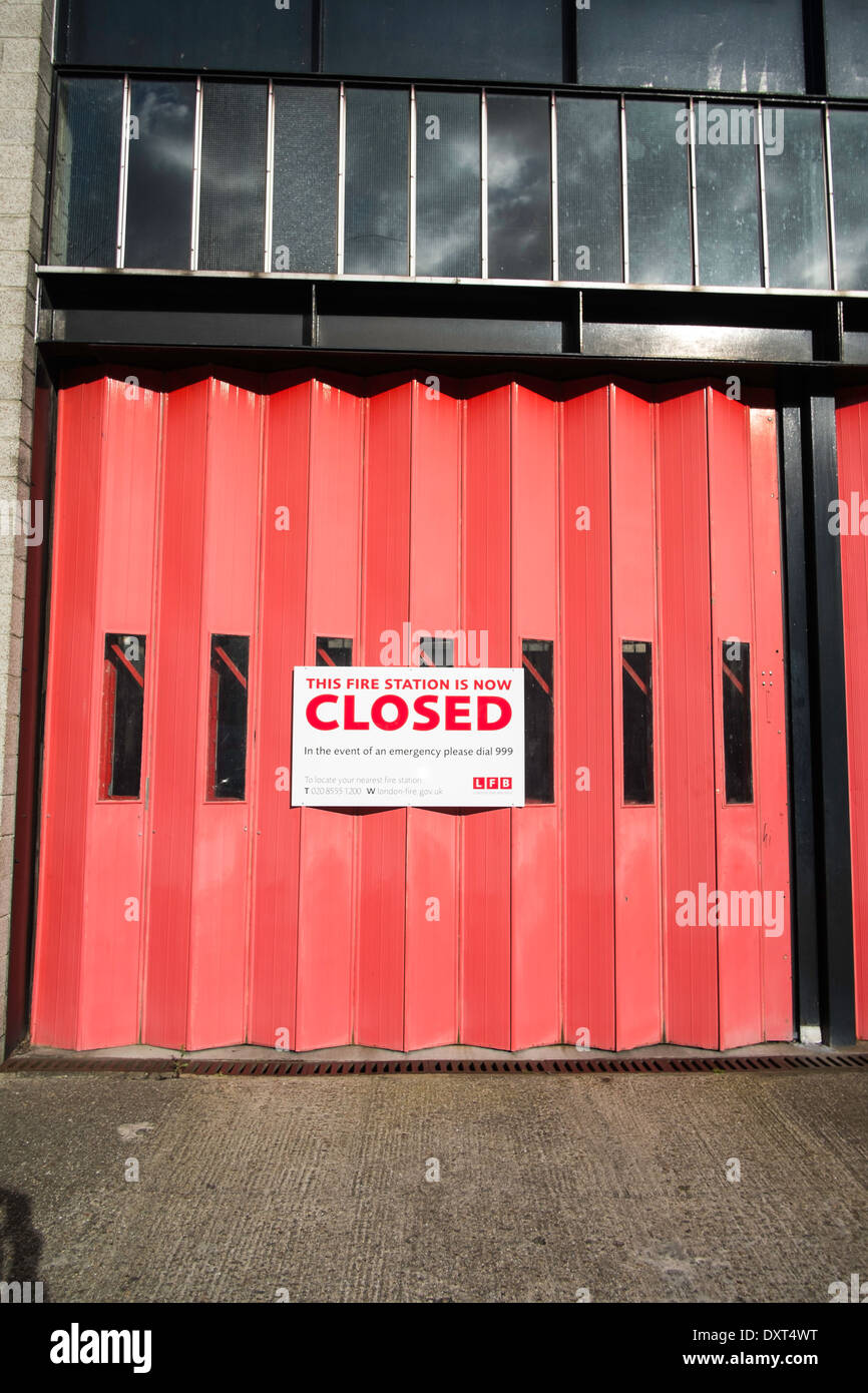 Fire station closed due to budget cuts - Stock Image