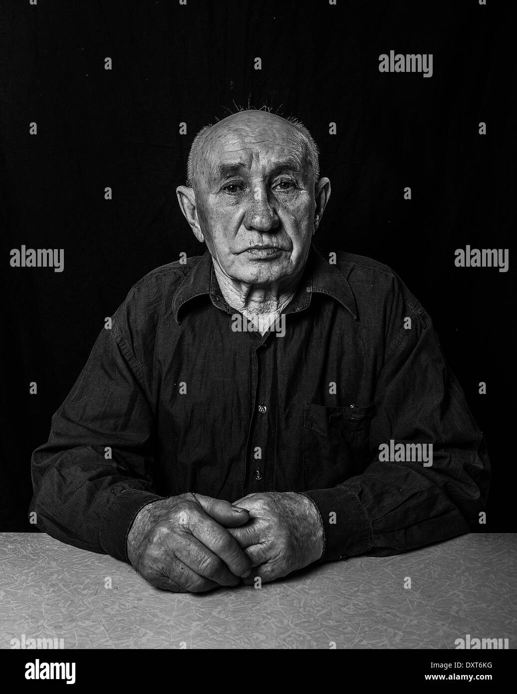 Artistic portrait of an old man - Stock Image