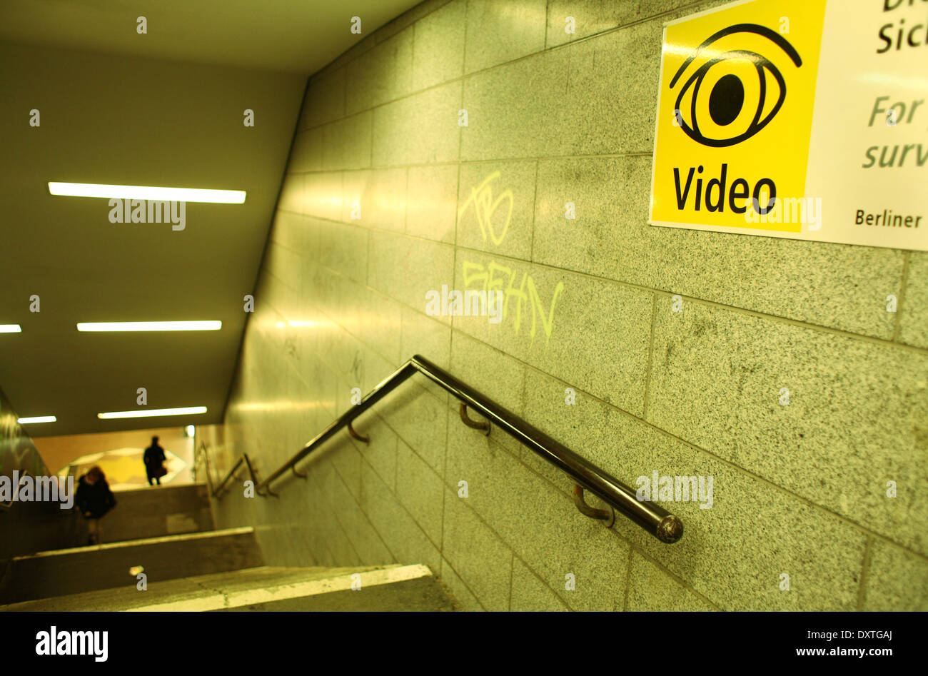 A metro entrance with a video control sign in Berlin, pictured January 14, 2014. Foto: Wolfram Steinberg dpa Stock Photo