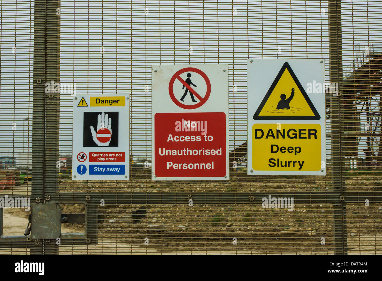 danger sign.  no access sign keep out warning sign - Stock Image