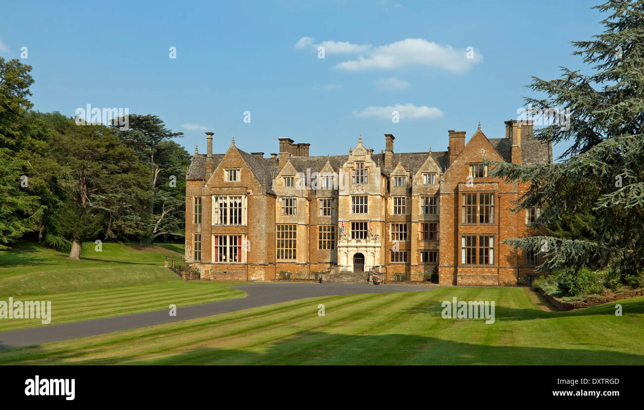 Façade of Wroxton Abbey, a Jacobean house, Wroxton, Oxfordshire, England, Great Britain. - Stock Image