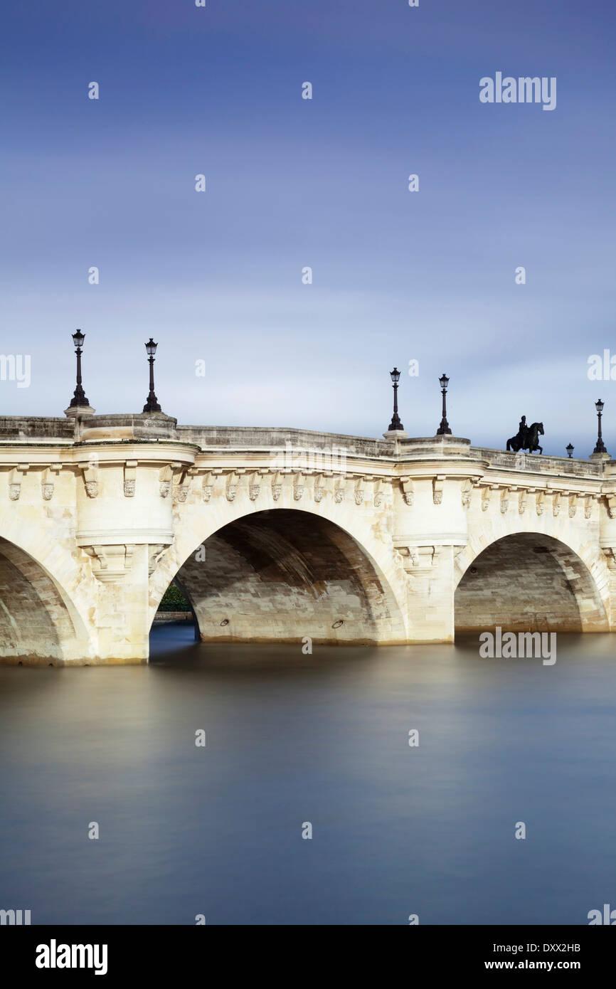 Bridge Pont Neuf, Paris, Region of Île-de-France, France - Stock Image