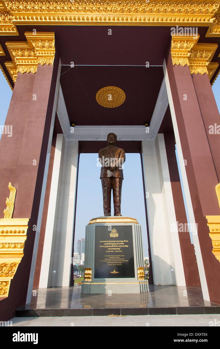 Statue of Norodom Sihanouk in Phnom Penh, Cambodia Stock Photo