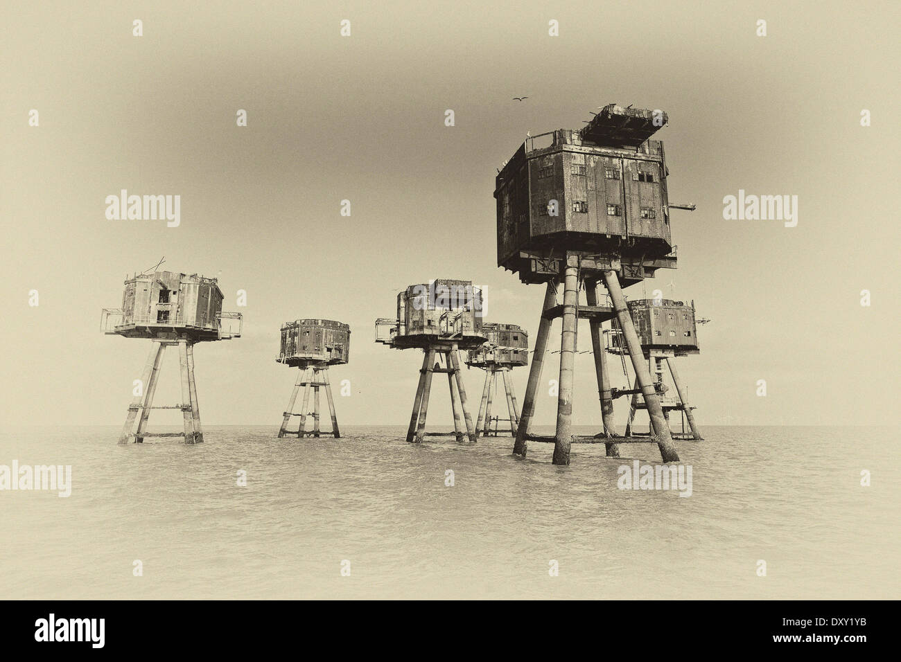 A black and white image of Maunsell Forts in Thames Estuary - Stock Image