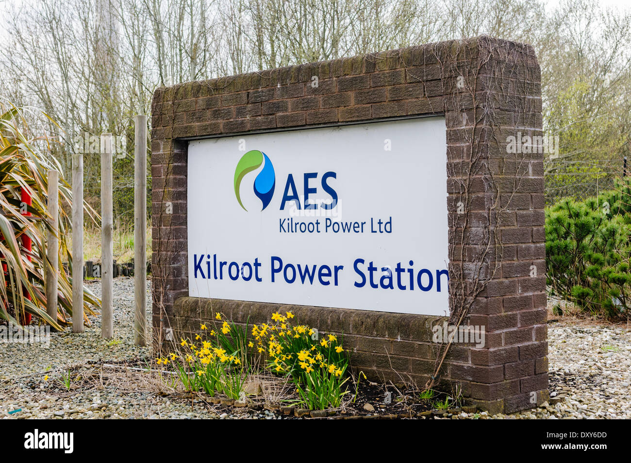 Northern Ireland, UK. 1st Apr 2014.  NI's biggest power generator plans to build a huge battery facility that can store energy produced by wind farms.  AES, owner of Kilroot and Ballylumford power stations, plans to build the 100 mega watt (MW) facility at Kilroot.  The company claims the facility will lower the cost to consumers, help meet renewable energy targets and improve the flexibility of the local grid. Credit:  Stephen Barnes/Alamy Live News - Stock Image