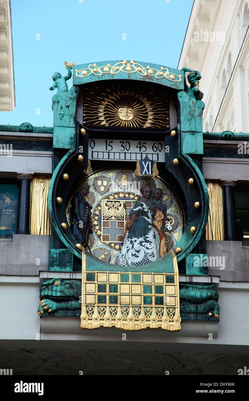 Anker Clock, Art Nouveau clock by Franz von Matsch in Hoher Markt Vienna Stock Photo