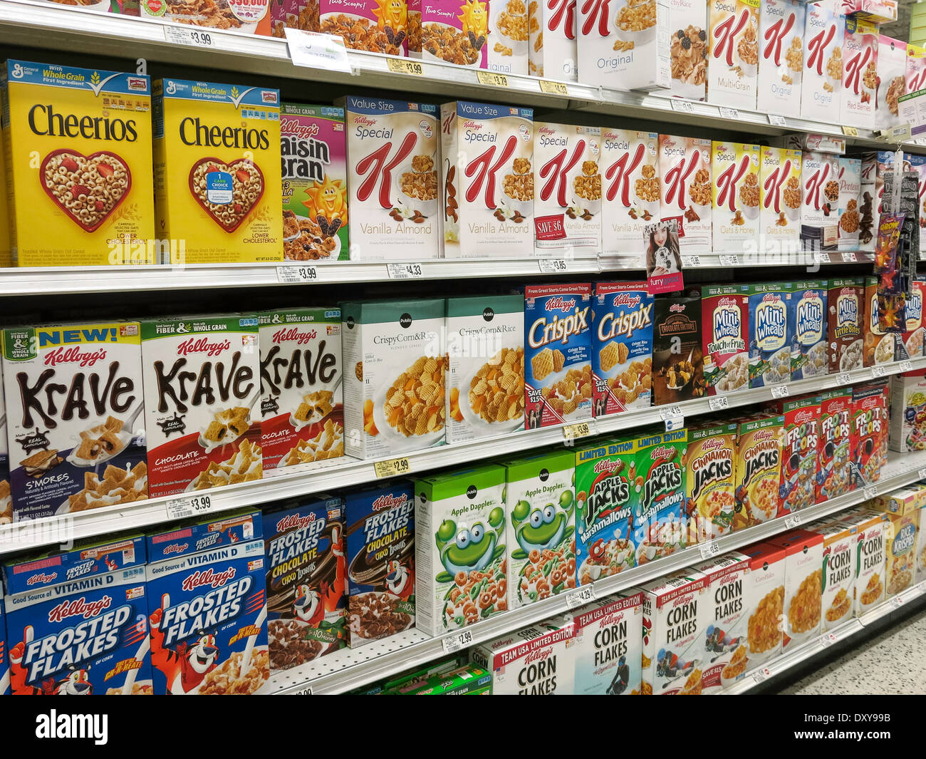 Cereal Section, Publix Super Market in Tampa, Florida - Stock Image