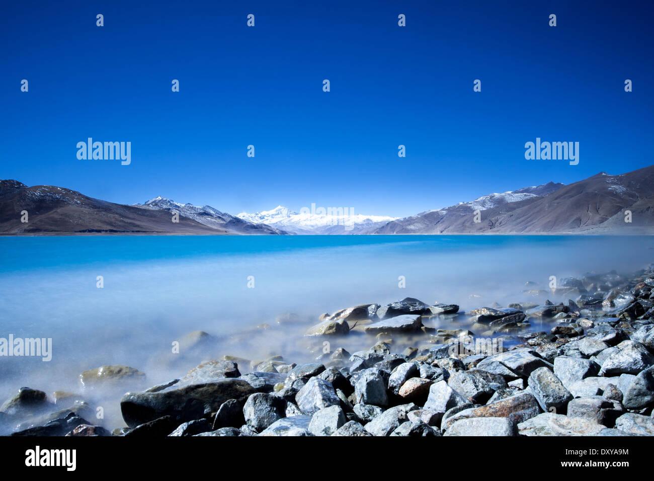 Yamdrok Lake in Tibet - Stock Image