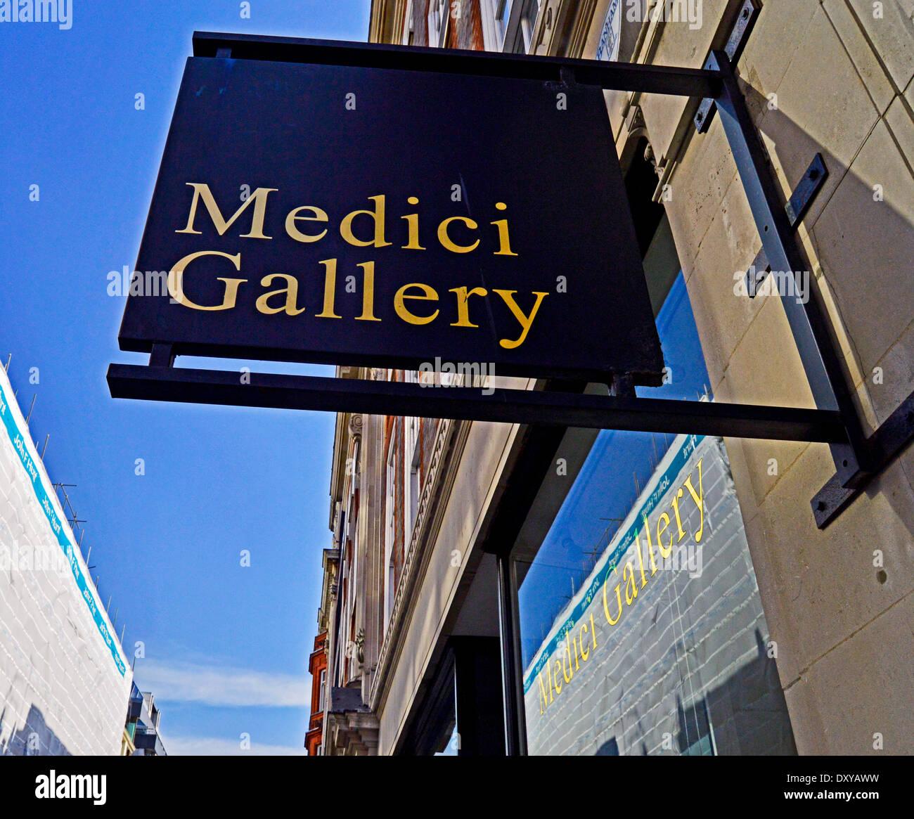 The Medici gallery on Cork Street, Mayfair, London, England, United Kingdom - Stock Image
