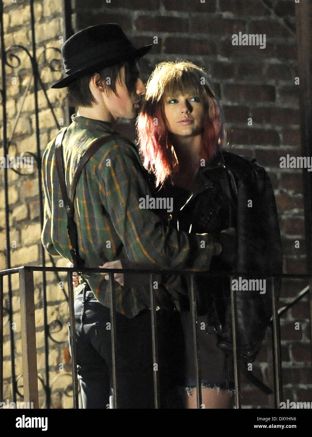 Taylor Swift On The Set Of Her New Video I Knew You Were Trouble In Stock Photo Alamy