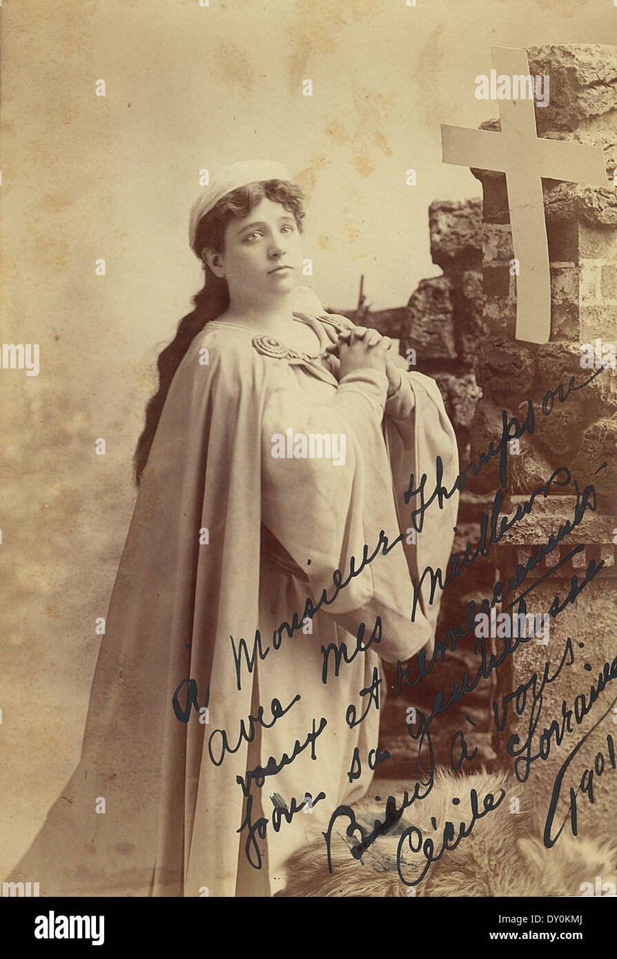 Cecile Lorraine, American soprano, as Marguerite in Faust (or as Leonora in La Forza del destino), 1901 / photographer Grouzelle Studios - Stock Image