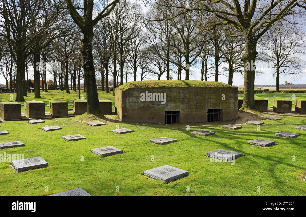 Langermark German WW1 War Cemetery in Flanders with original concrete Bunker - Stock Image