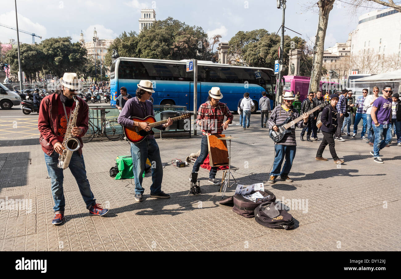 Buskers music band, Barcelona, Spain. - Stock Image