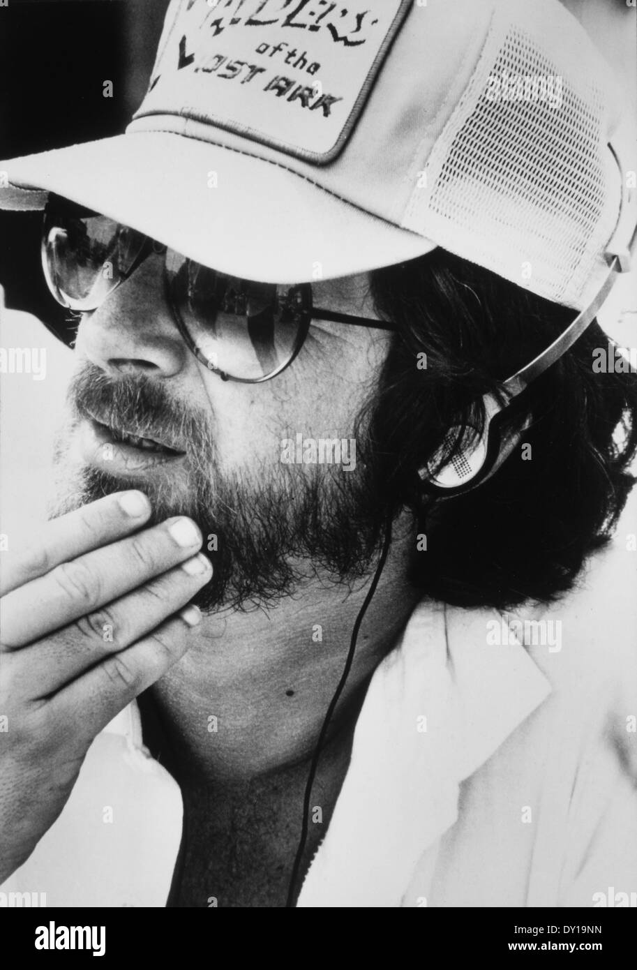 Steven Spielberg, Director, on-set of the Film, 'Raiders of the Lost Ark', 1981 - Stock Image