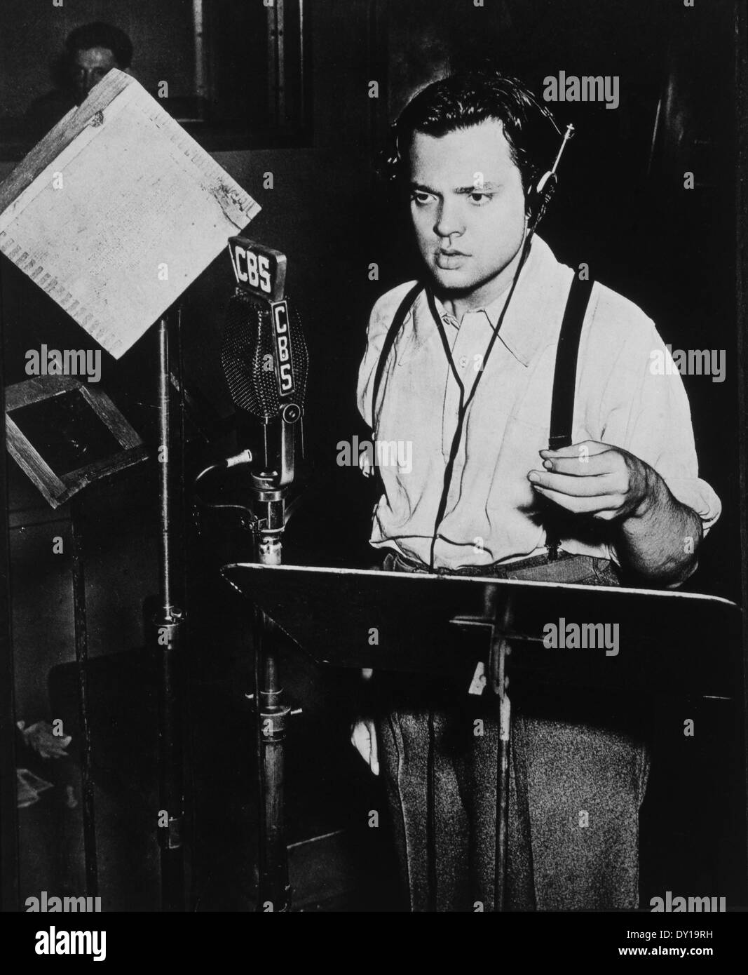 "Orson Welles, Radio Broadcast of ""War of the Worlds"", October 30, 1938 Stock Photo"