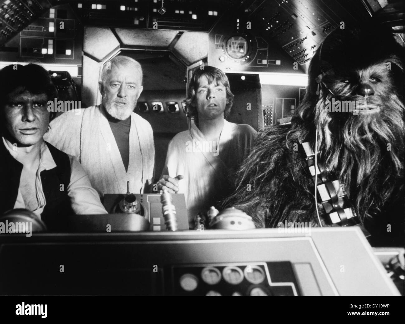 Peter Mayhew, Harrison Ford, Alec Guinness and Mark Hamill, on-set of the Film, 'Star Wars', 1977 - Stock Image