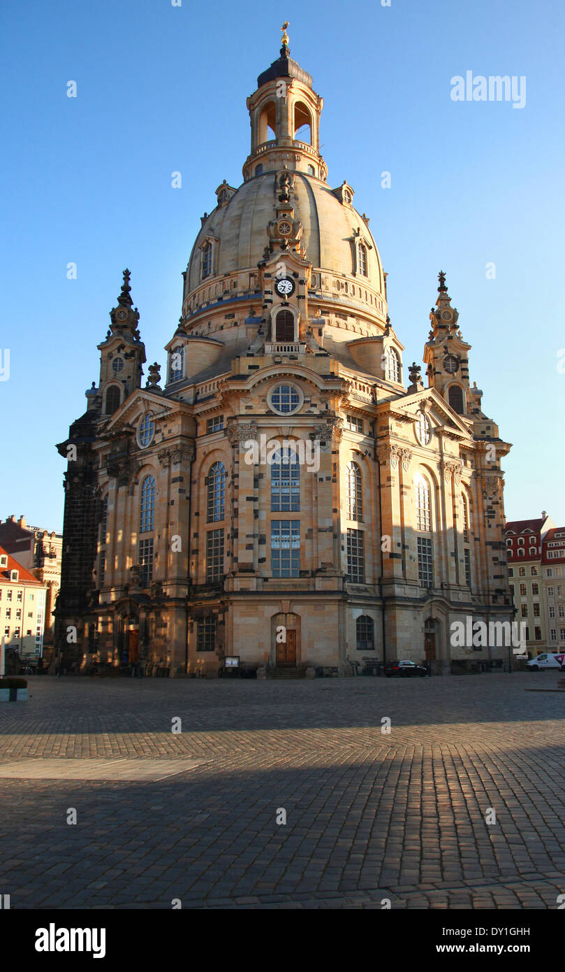 The reconstructed Church Frauenkirche in the center of Dresden, eastern Germany, pictured on February 04, 2014. Foto: Wolfram Steinberg dpa Stock Photo