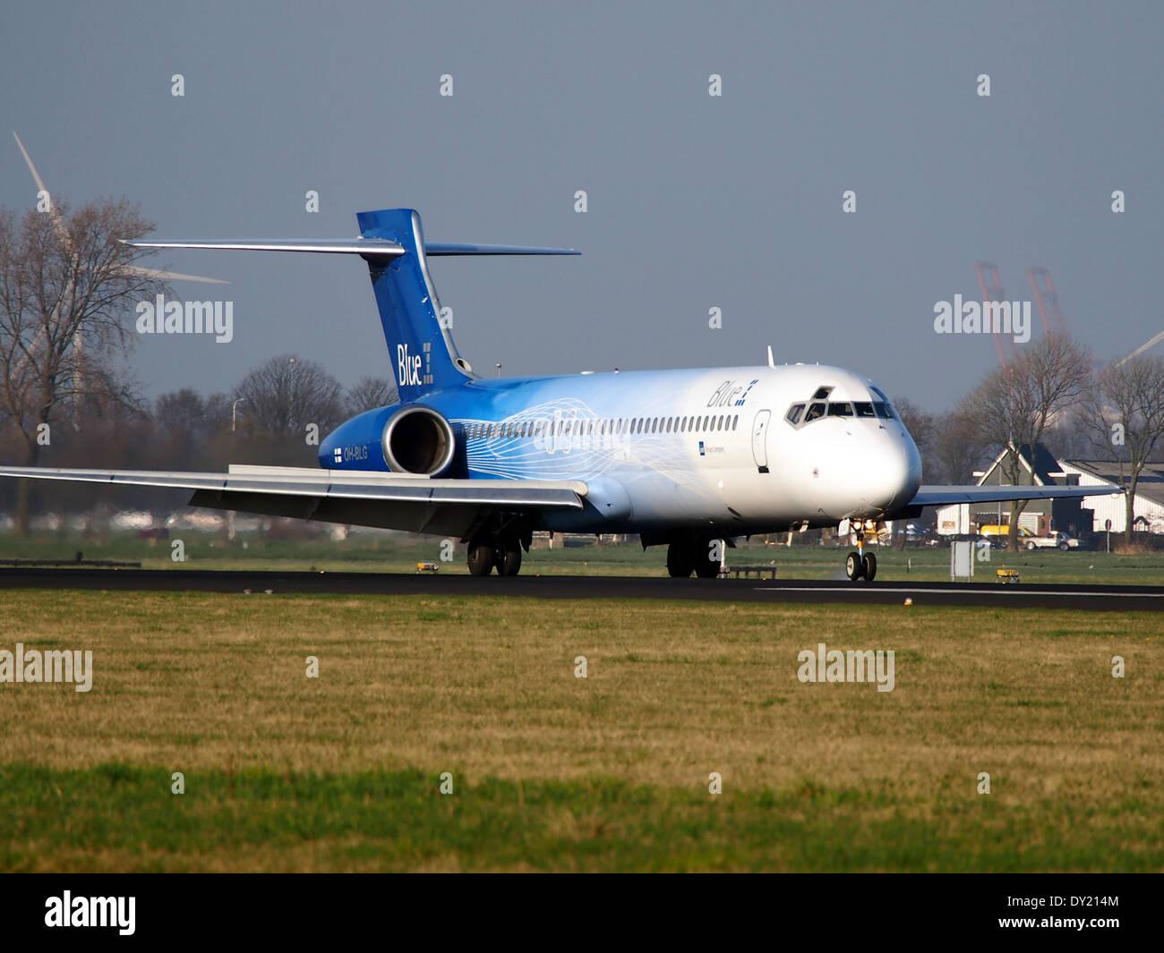 OH-BLG Blue1 Boeing 717-2CM - cn 55059 landing on Schiphol, pic-1 Stock Photo