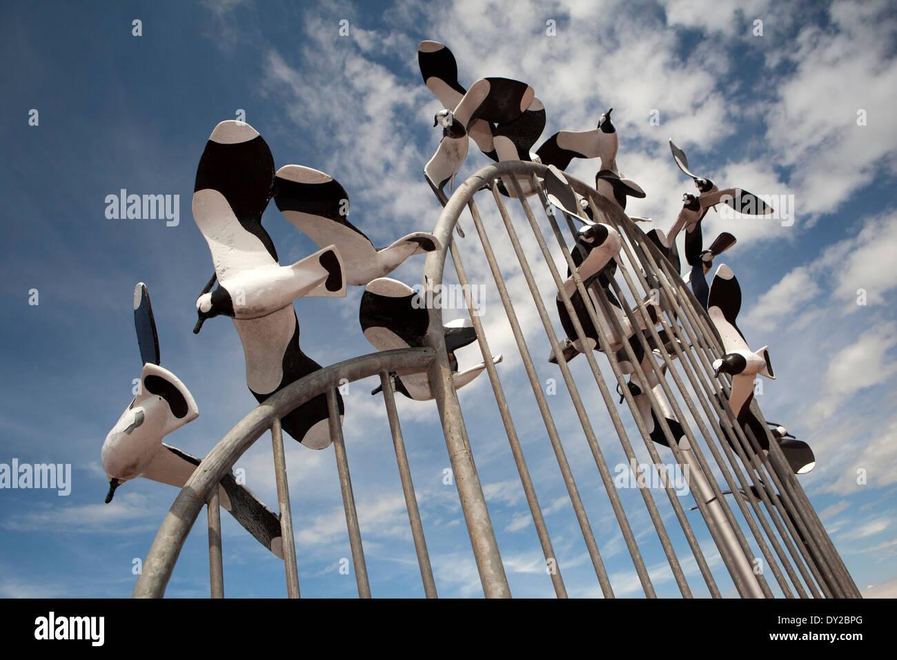UK, England, Lancashire, Morecambe, Tern Project, 'parcel of oystercatchers' sculpture - Stock Image