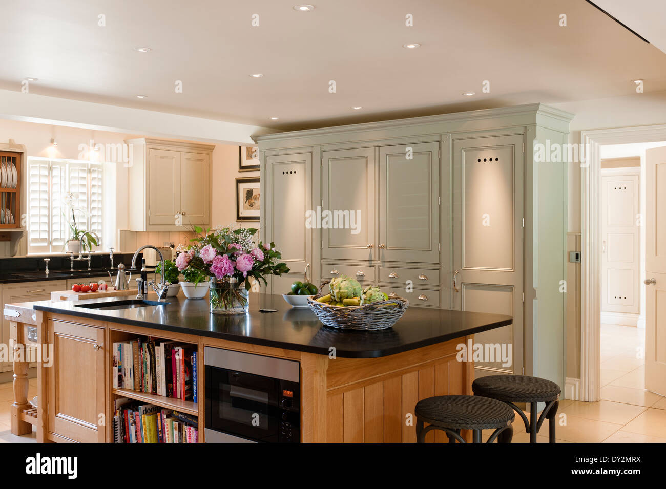 farmhouse kitchen aga stock photos farmhouse kitchen aga stock images alamy. Black Bedroom Furniture Sets. Home Design Ideas