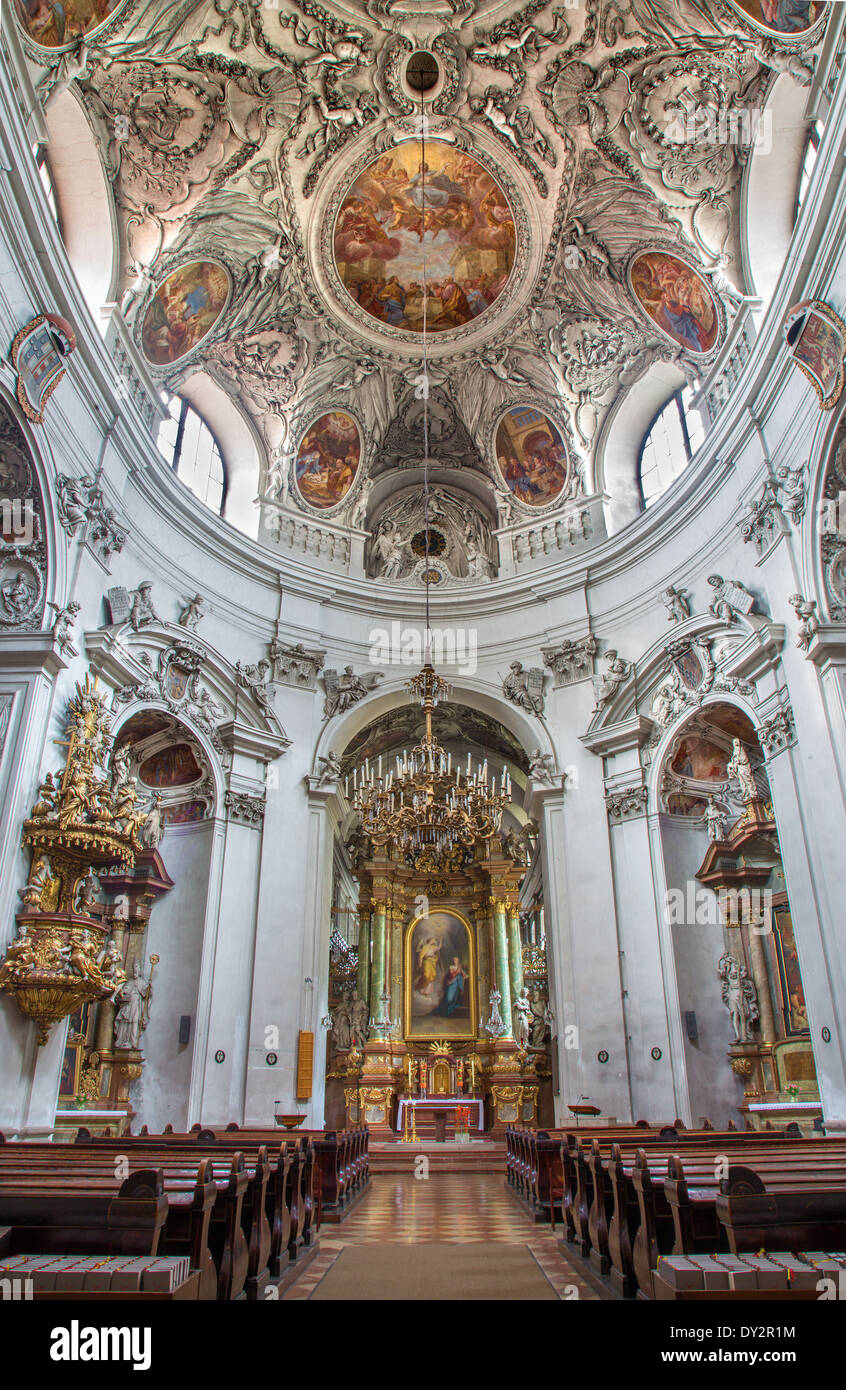 VIENNA, AUSTRIA - FEBRUARY 17, 2014: Nave and cupola of baroque Servitenkirche - church completed in 1670. Stock Photo
