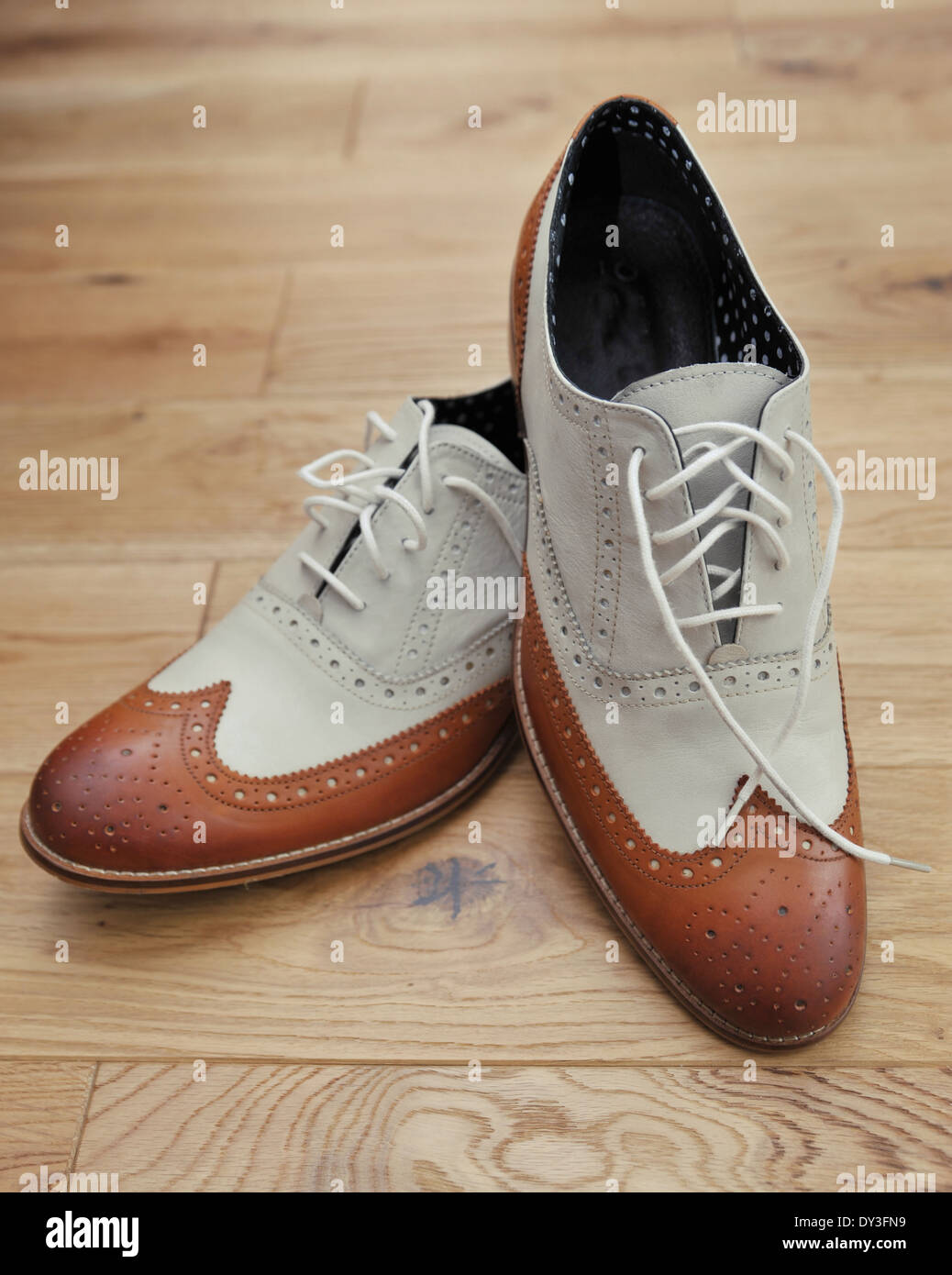 Mens Black White Brogue Shoes
