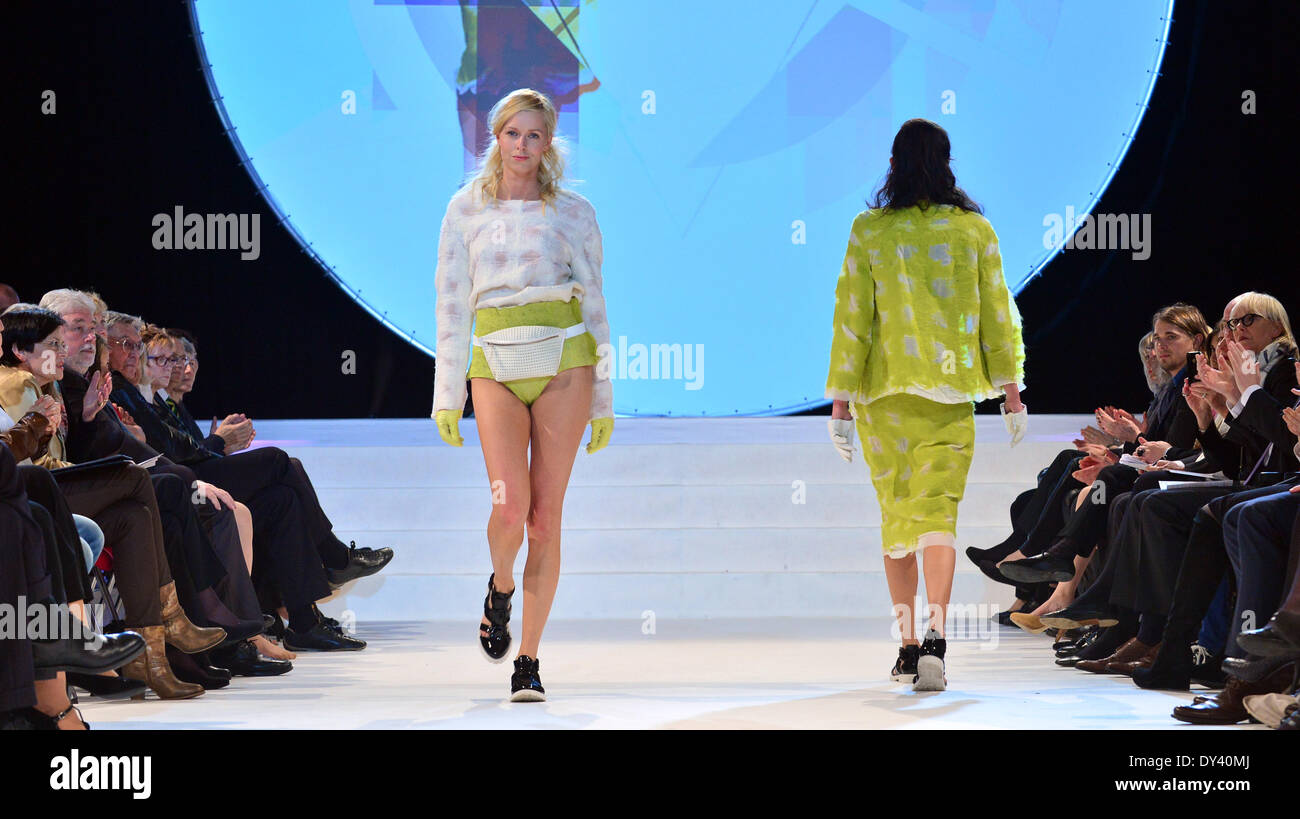 Apolda Germany 05th Apr 2014 A Model Presents A Design Of The Stock Photo Alamy