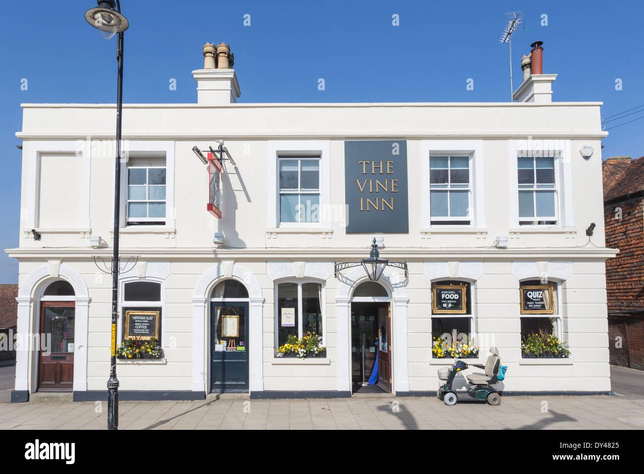 The Vine Inn Tenterden - Stock Image