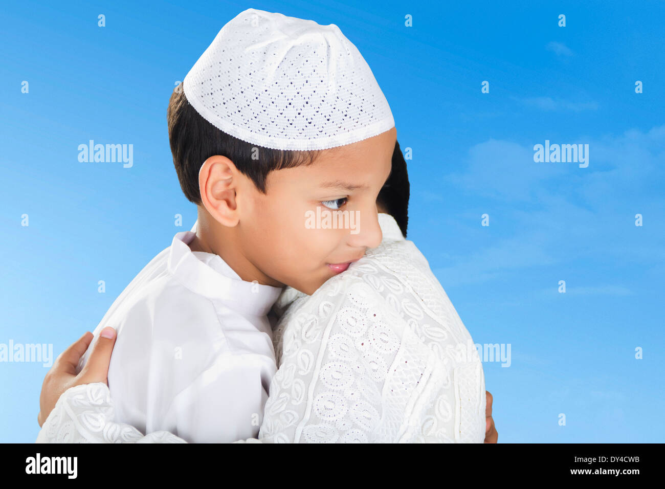 Indian Muslim Kids Congratulation Eath other - Stock Image
