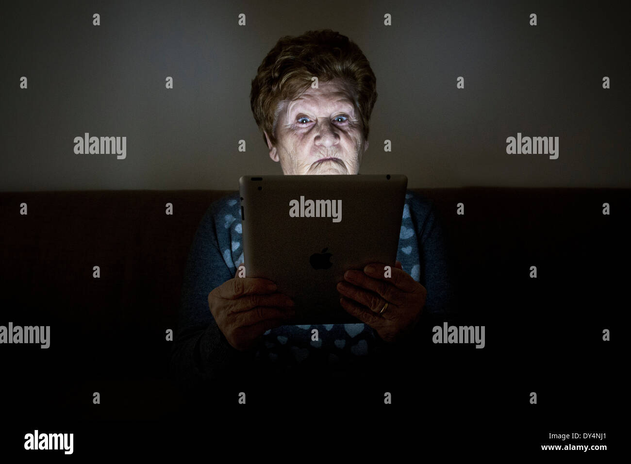 Elderly woman with tablets - Stock Image