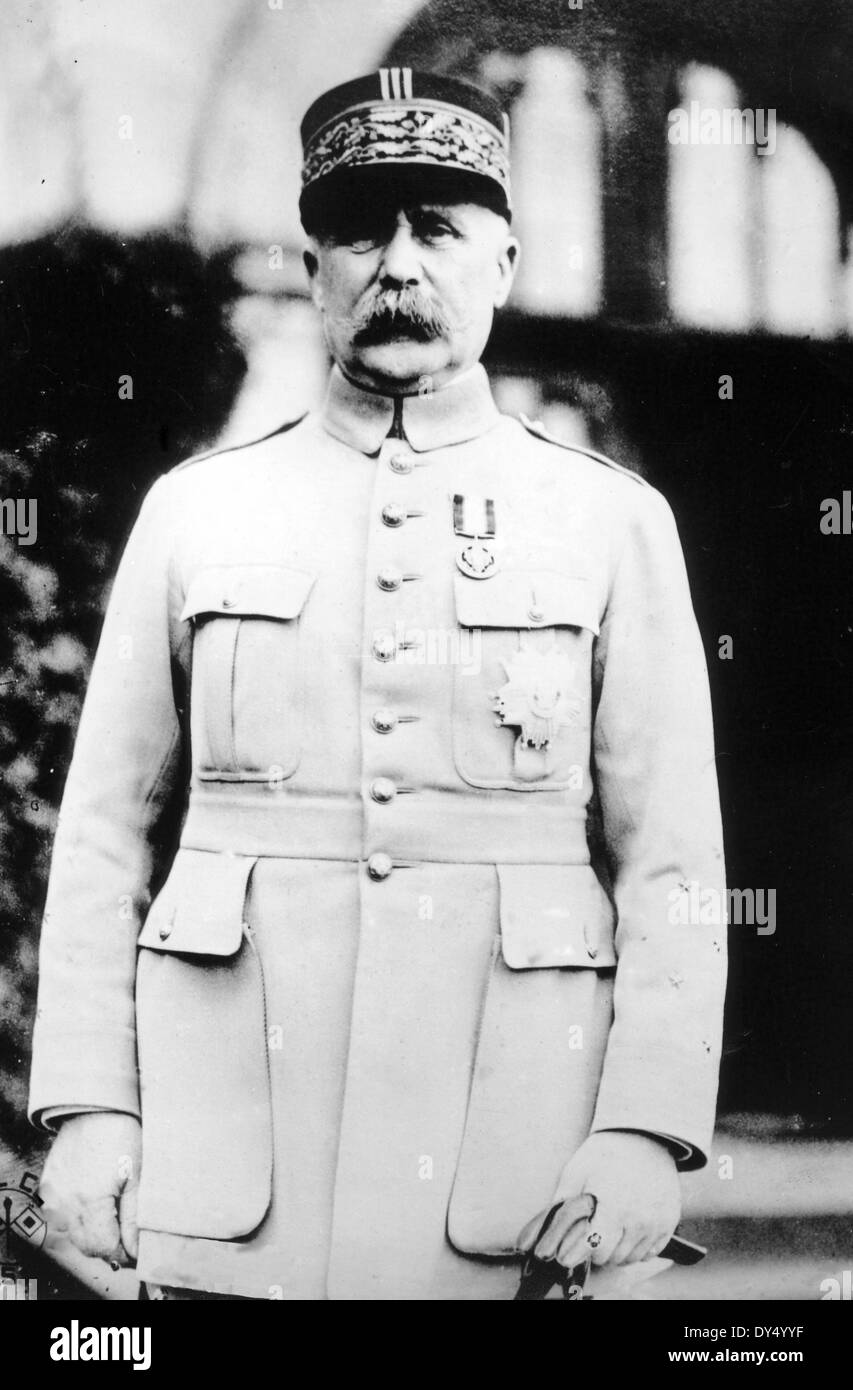 PHILIPPE PETAIN (1856-1951) as a Marshall in the French army about 1915 - Stock Image