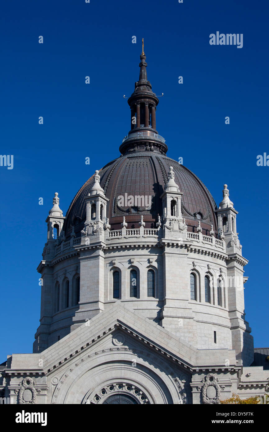 USA, Minnesota, Minneapolis, St. Paul, Cathedral of St. Paul exterior - Stock Image