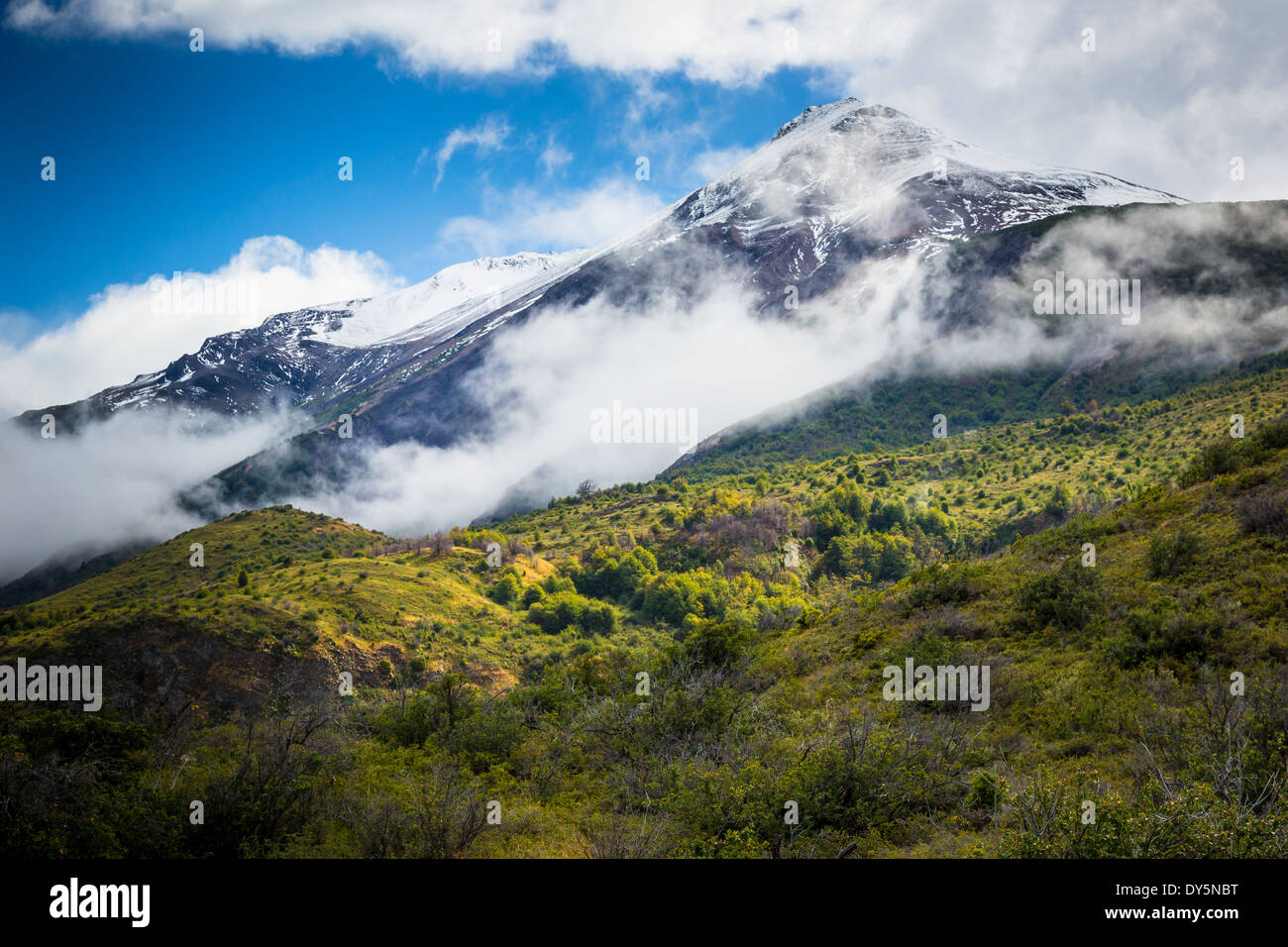 Mountain peak near the Los Glaciares National Park in Patagonia, Argentina - Stock Image