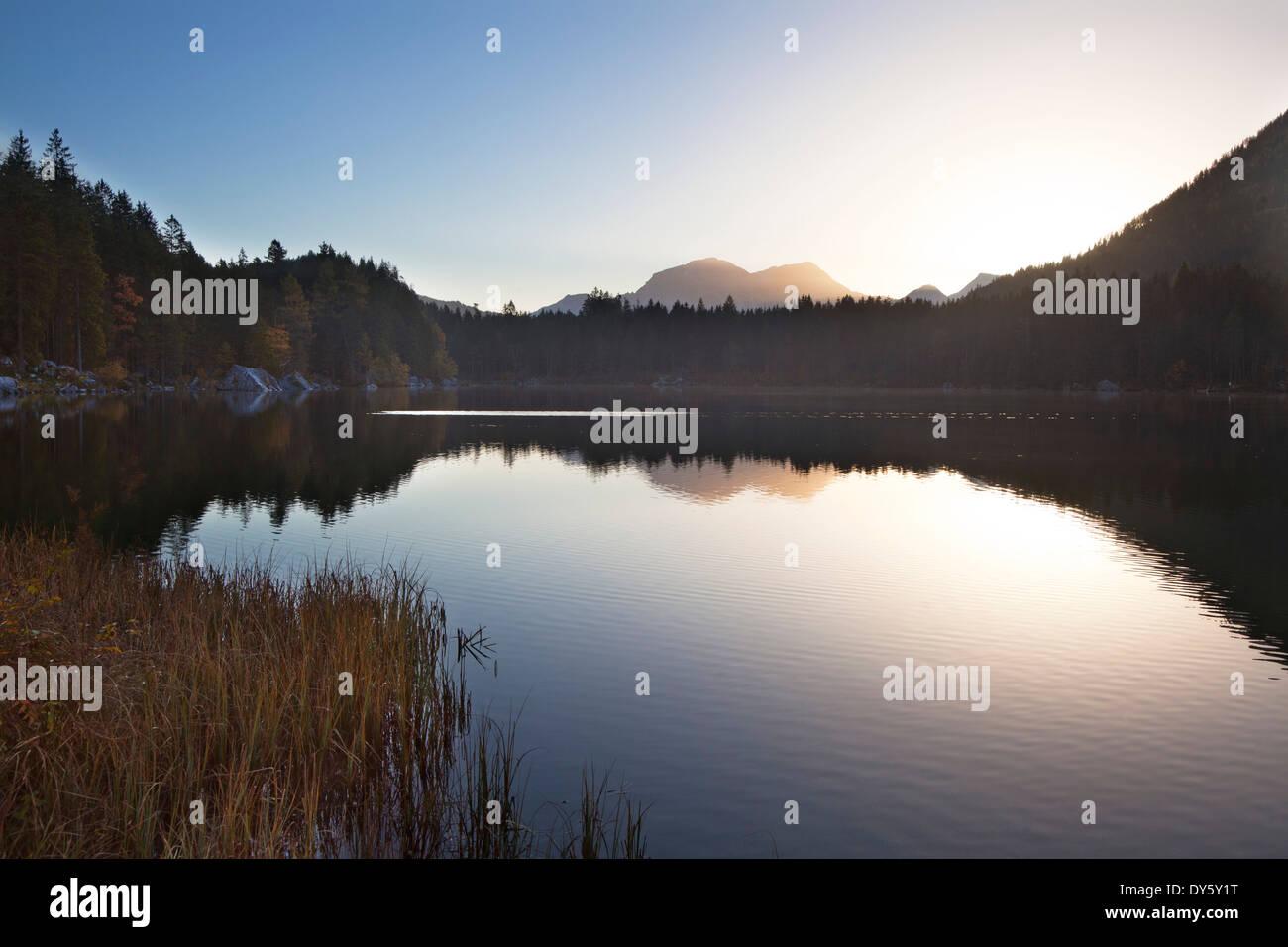 Lake Hintersee at dawn, view of Hoher Goell, Ramsau, Berchtesgaden region, Berchtesgaden National Park, Upper Bavaria, Stock Photo