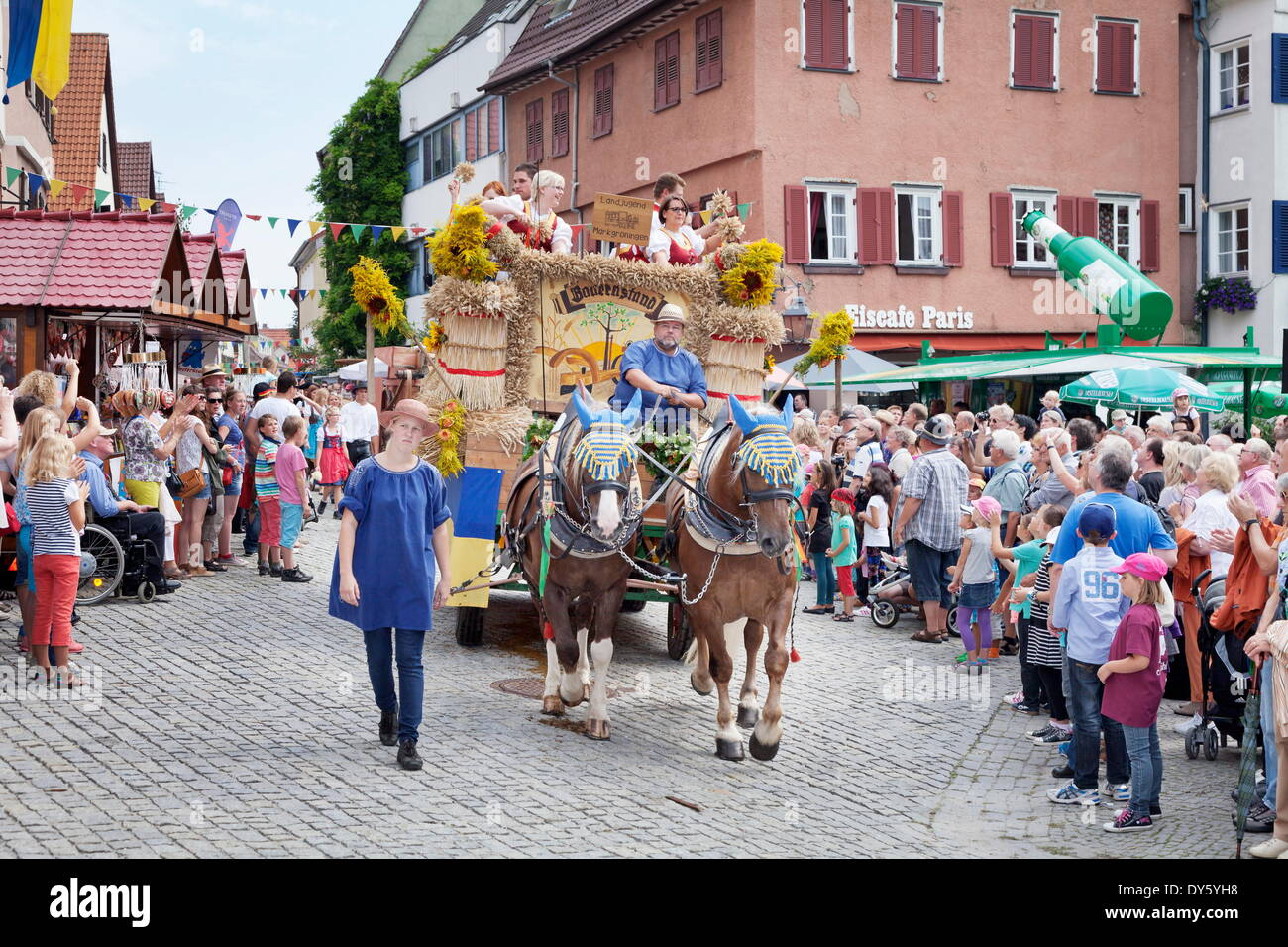Float parade germany stock photos float parade germany - Mobelhaus schafer dusseldorf ...