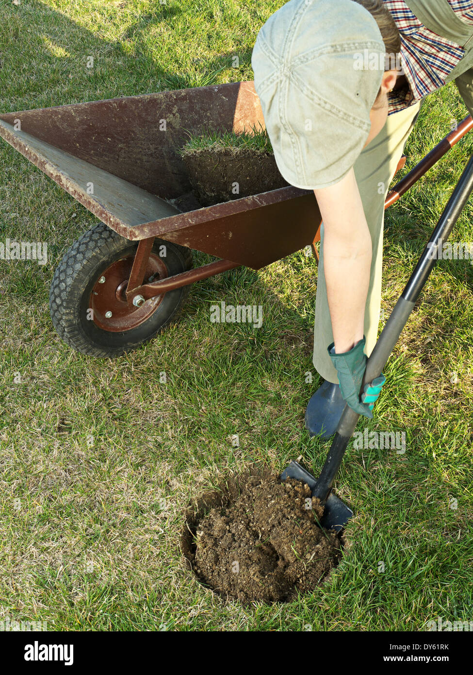 in digging a hole to the In the springtime, find a protected corner in the yard, garden, or park and using a  small shovel or spoon help your child dig a hole in the dirt.