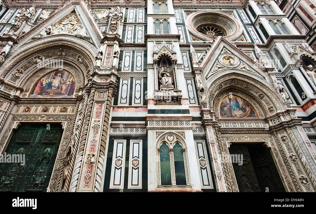 the famous cathedral in florence italy the most famous landmark in