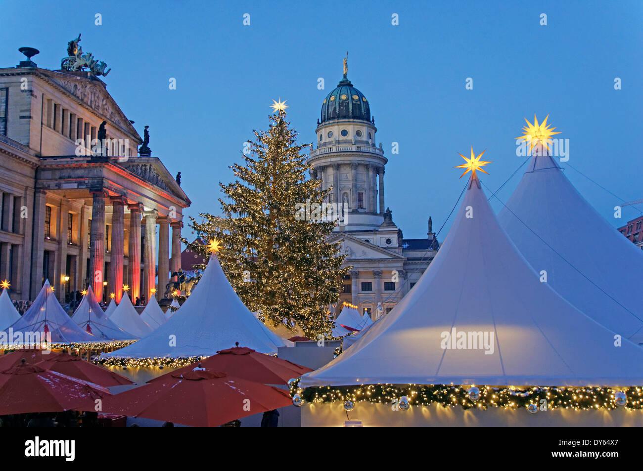 Weihnachtsmarkt Gendarmenmarkt Berlin - Stock Image