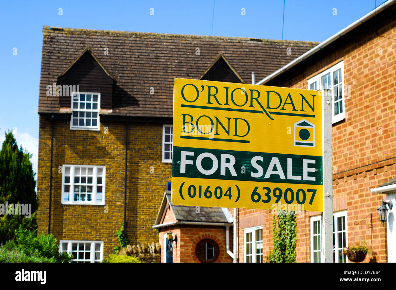 House for sale sign - Stock Image