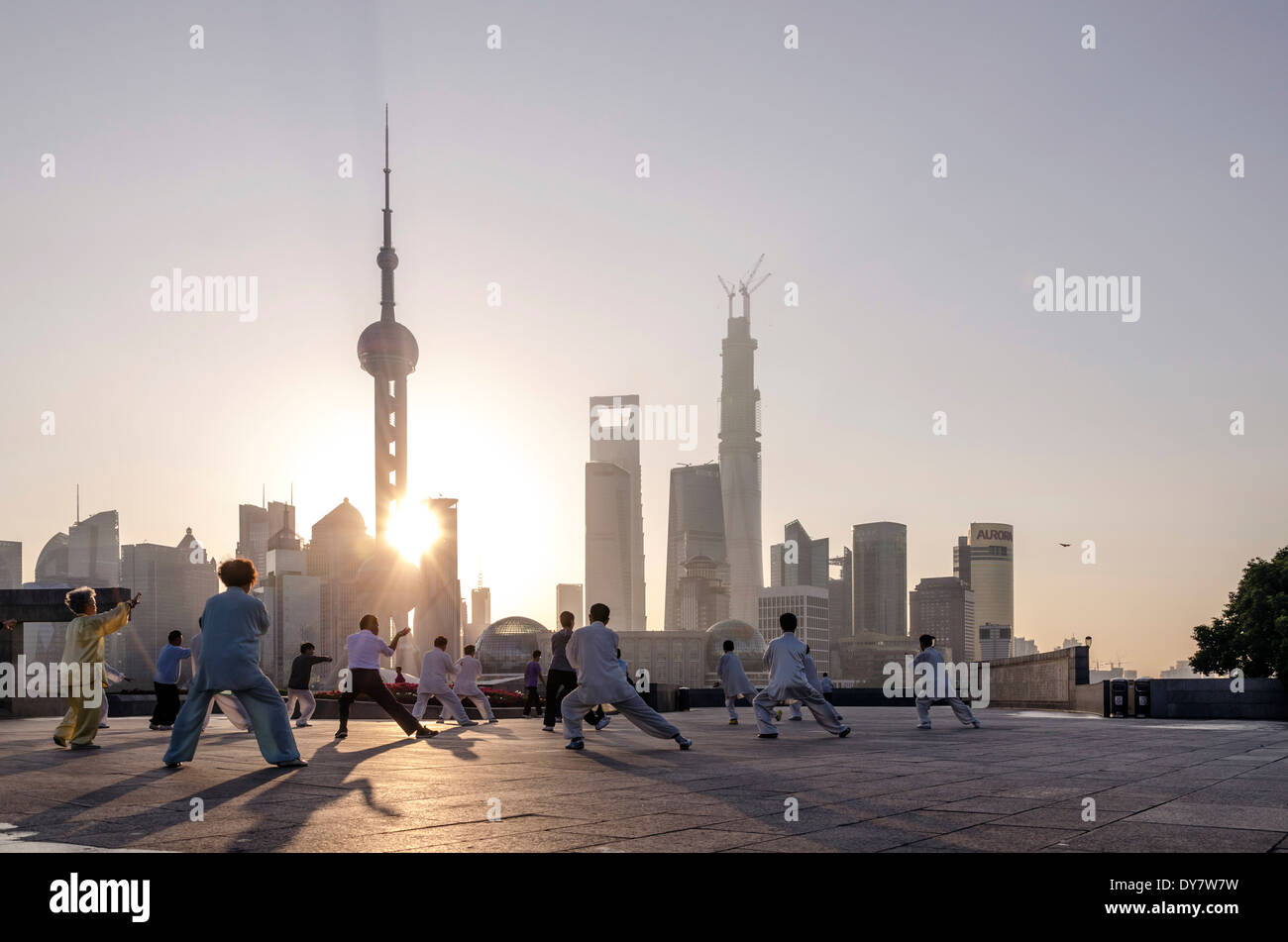 Tai Chi at the Bund, Shanghai, China - Stock Image