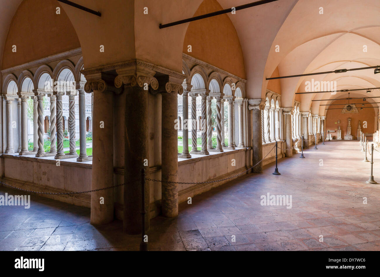 Cosmatesque ornamens, masterpiece by marble artist Vassalletto, cloister of the Basilica of St. John Lateran - Stock Image