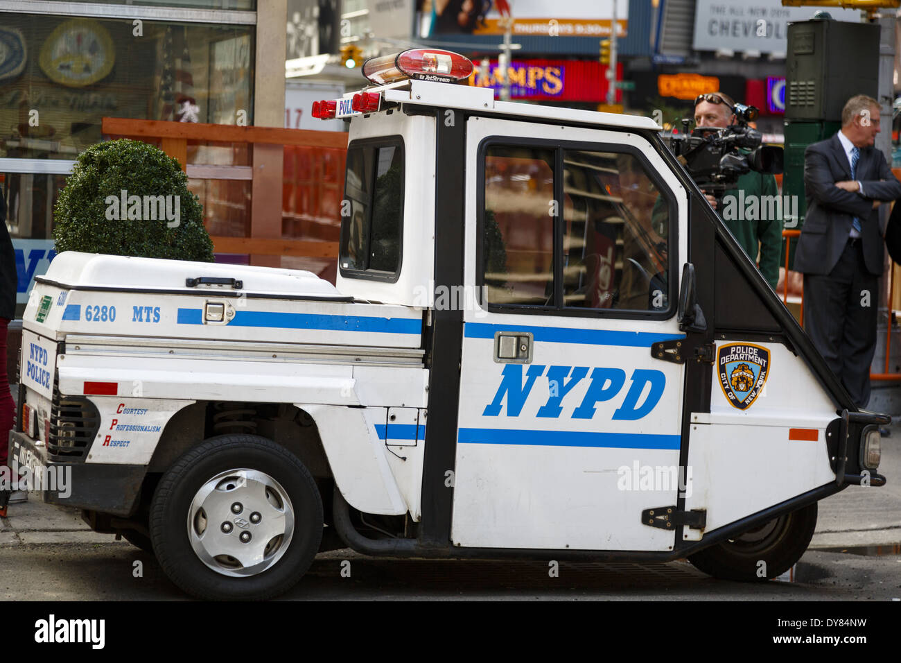 nypd three wheeled vehicle sometimes dubbed meter maid vehicle stock photo 68406181 alamy. Black Bedroom Furniture Sets. Home Design Ideas