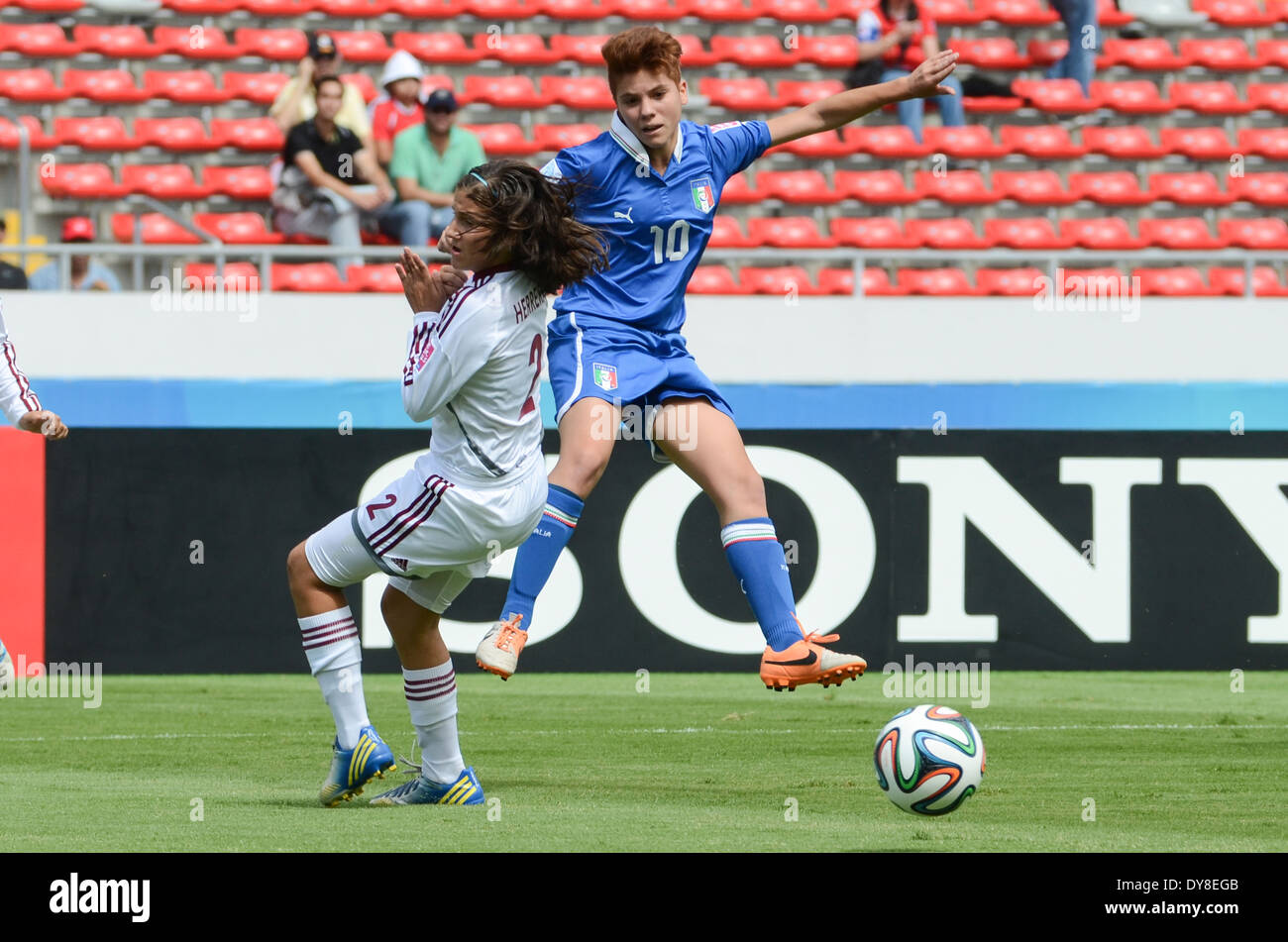 Italy player Manuela GIUGLIANO (10), shots against Venezuela player Veronica HERRERA (2). - Stock Image