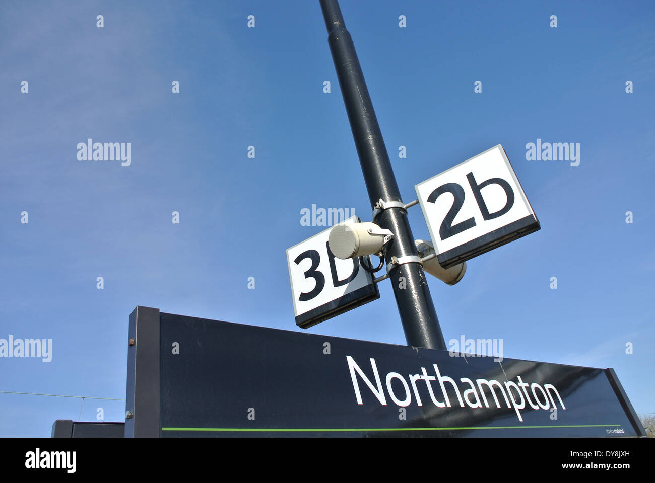 Northampton train railway station - Stock Image