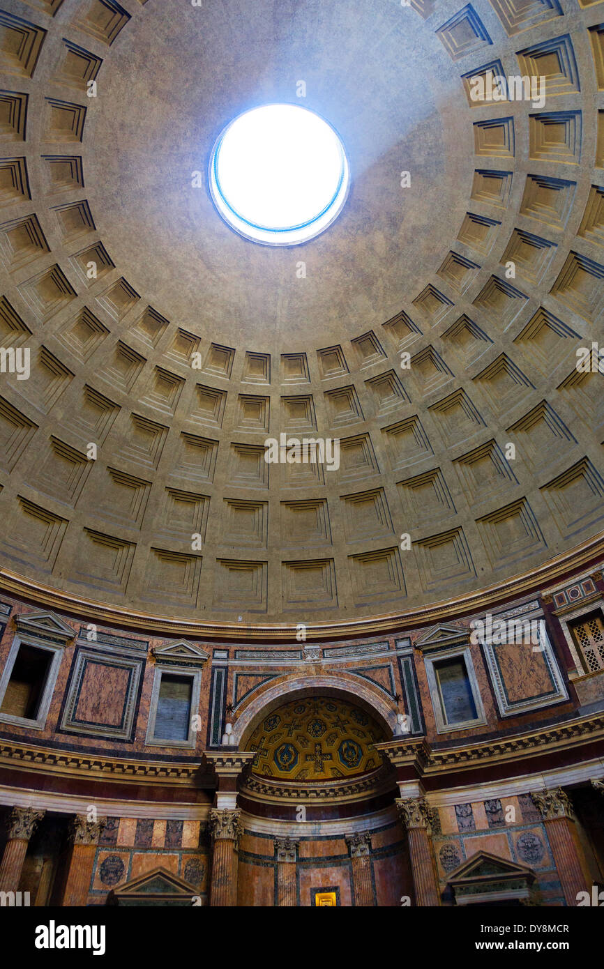 Beam of light through the oculus in ceiling of the Pantheon Rome, Italy - Stock Image