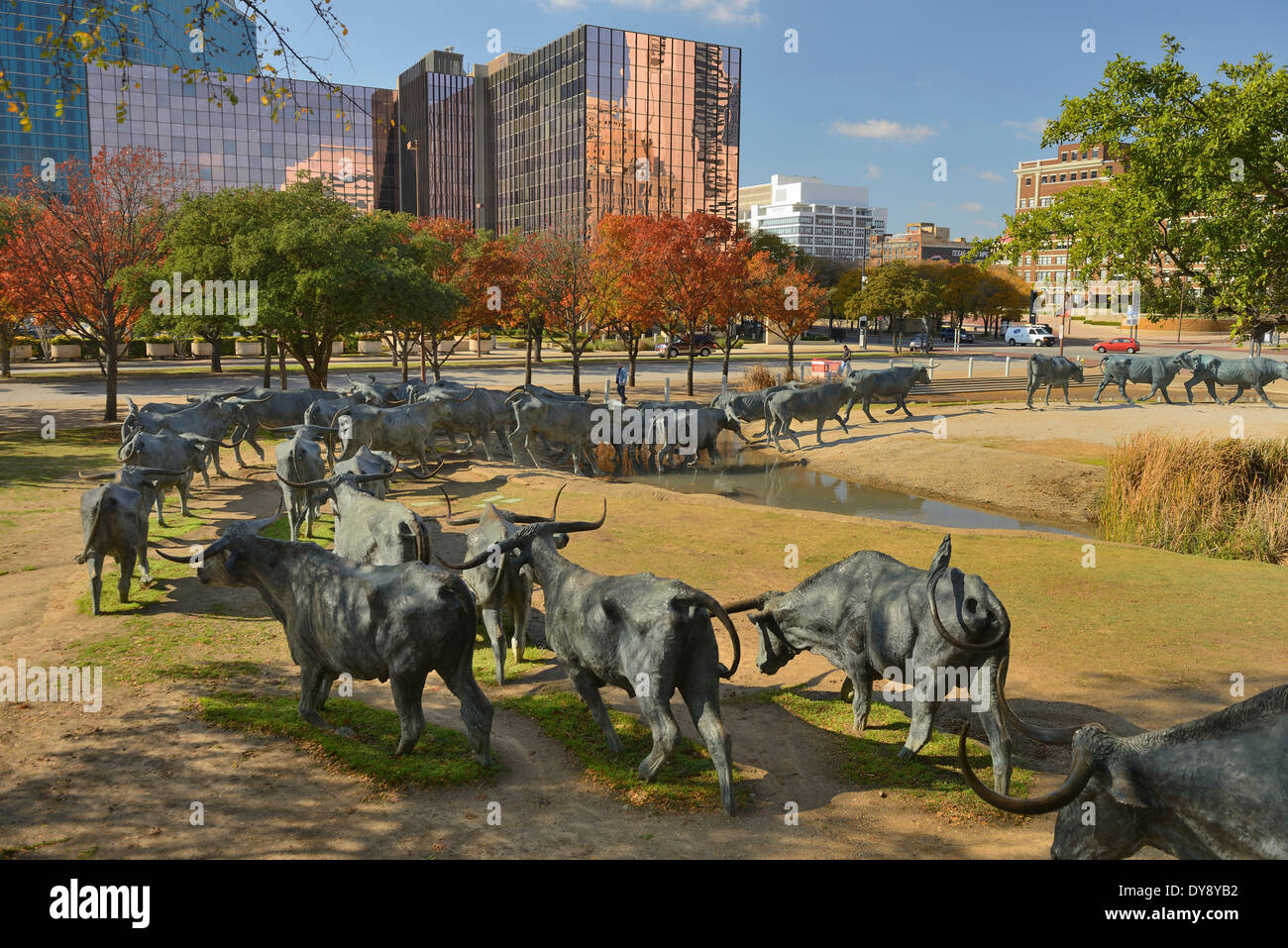 North America, Texas, USA, United States, America, Dallas, sculpture, Pioneer Place, cattle drive, downtown, cowboy, cattle, art - Stock Image