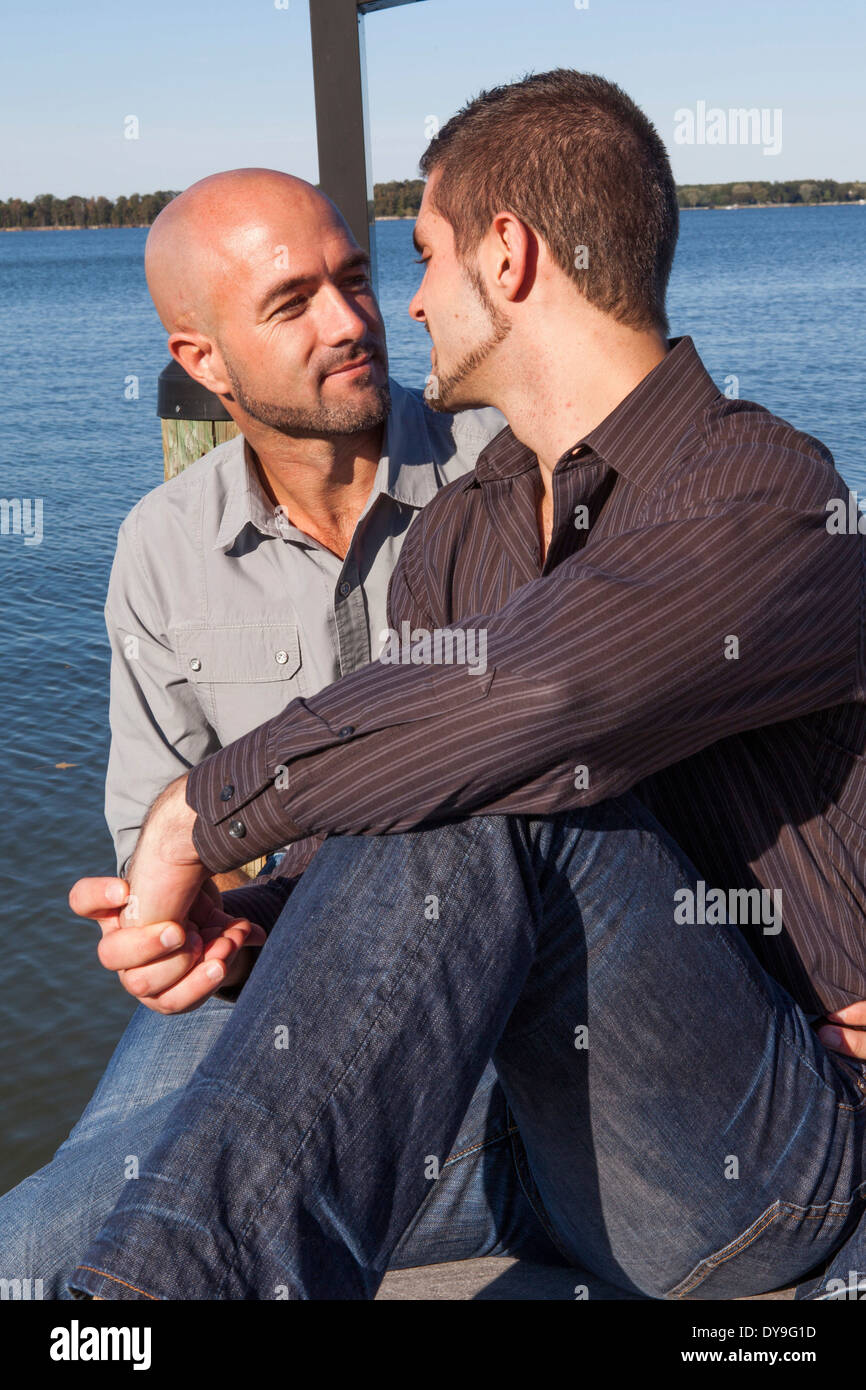 Share gay pics