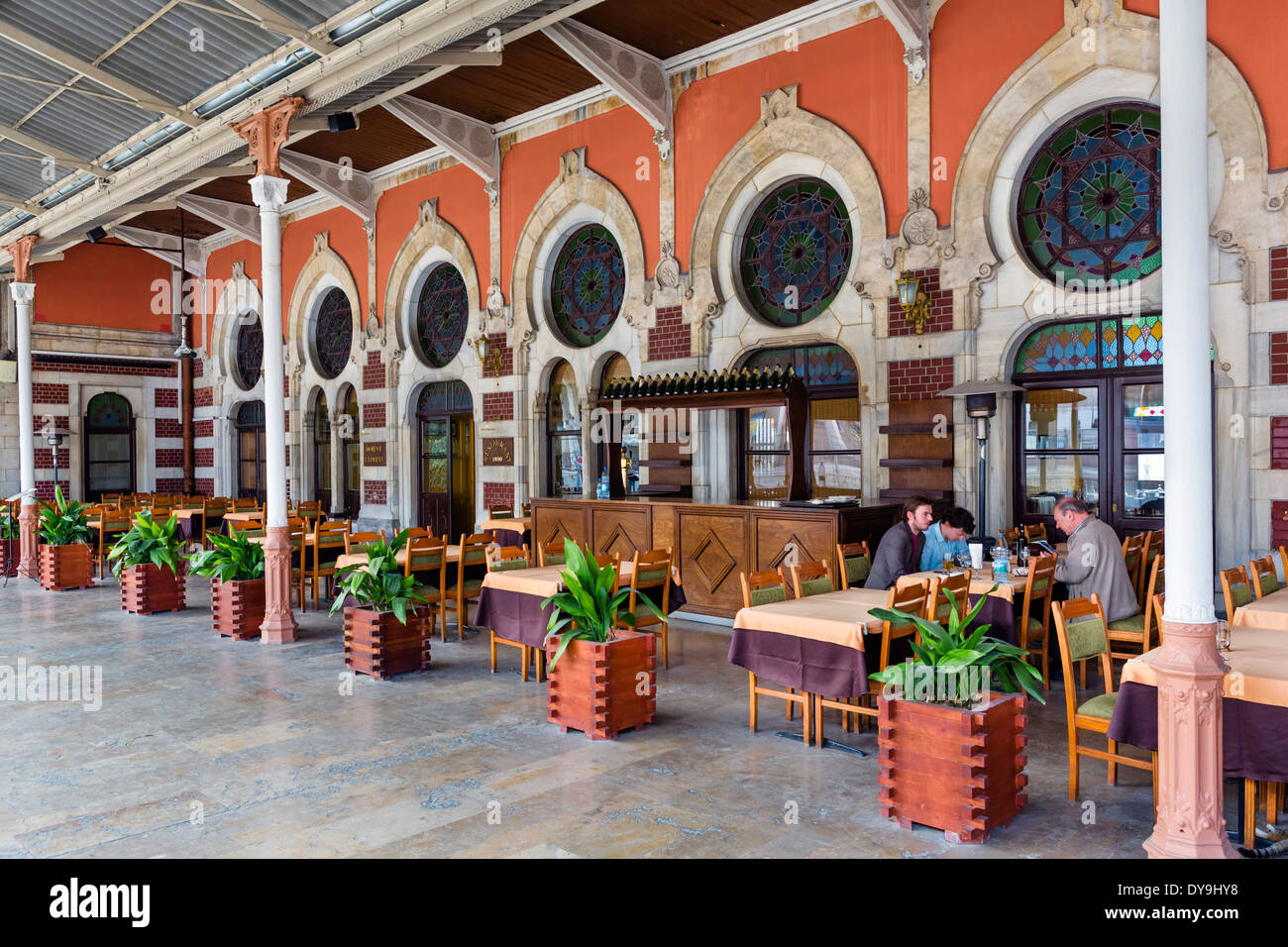 platform entrance to orient express restaurant at sirkeci. Black Bedroom Furniture Sets. Home Design Ideas